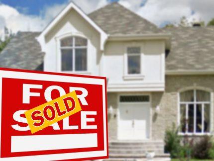 Closing the Deal - Chris & Lisa Real Estate Kemptville